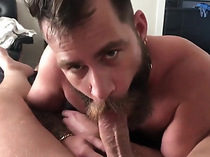 Sexy eyed bearded otter sucking daddy